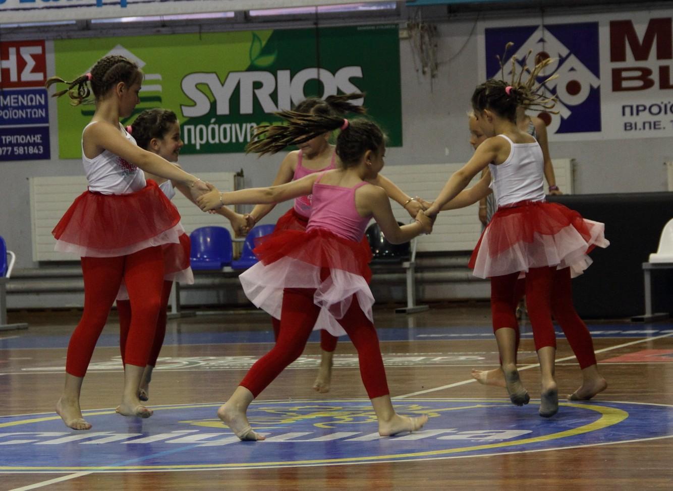 1o Τμήμα Modern Dance 4η Παράσταση Γυμναστηρίου »Top Gym»